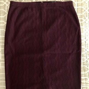 The Limited textured skirt size 8